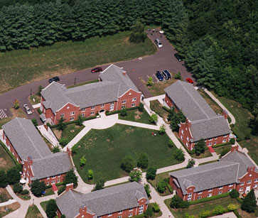 Suffield-Academy-Dorms-3
