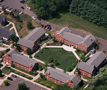 Suffield-Academy-Dorms-1