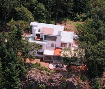 Zahren-Residence-2